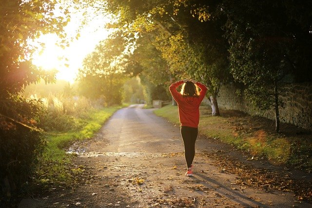 WALKING TO LOSE BELLY FAT